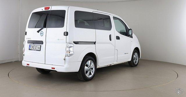 Nissan E-NV200 5