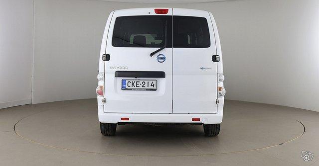 Nissan E-NV200 6