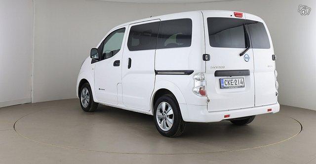 Nissan E-NV200 7