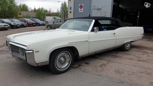 Buick Electra 2