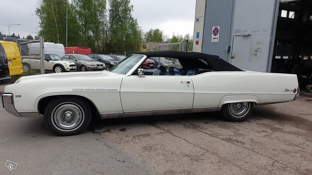 Buick Electra 6