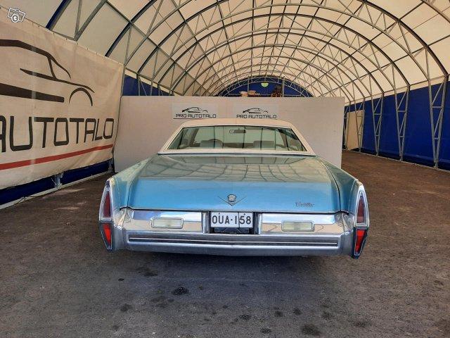 Cadillac Coupé De Ville 6
