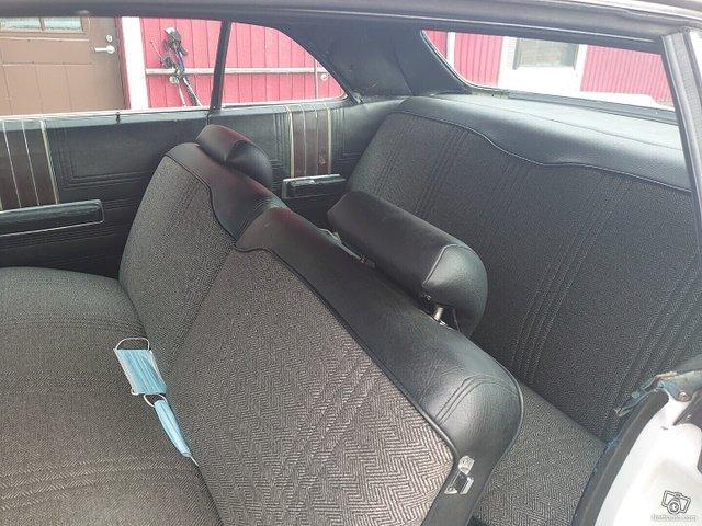 Chrysler Newport 5