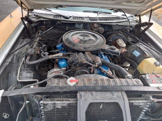 Chrysler Newport 11