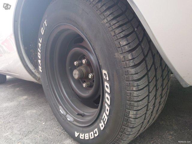 Chrysler Newport 13
