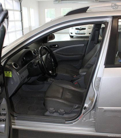 Chevrolet Nubira 9
