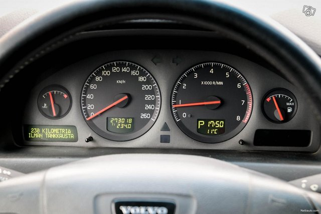 Volvo S80 25