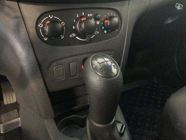 Dacia Sandero 12