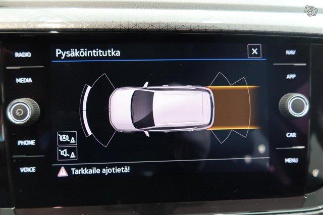 Volkswagen T-Cross 20