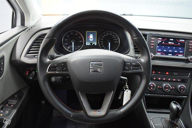 SEAT Leon X-Perience 9
