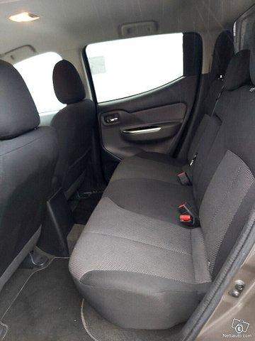 Mitsubishi L200 15