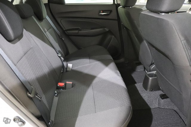 Suzuki Swift 9