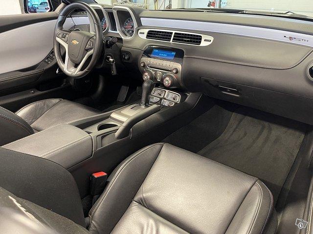 Chevrolet Camaro Convertible 10