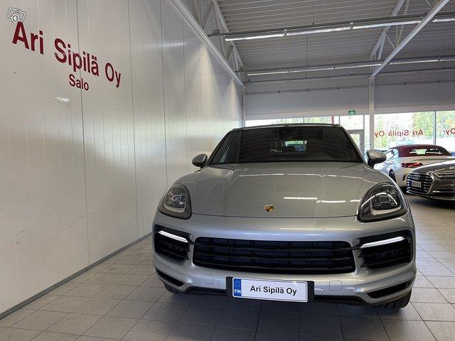 Porsche Cayenne E-Hybrid 3