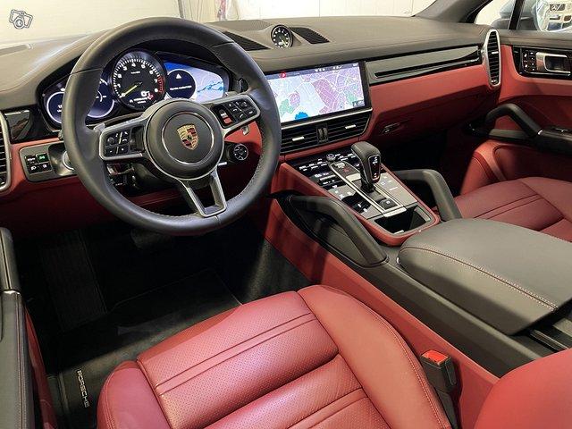 Porsche Cayenne E-Hybrid 5