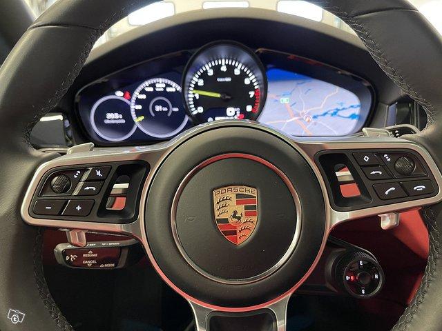 Porsche Cayenne E-Hybrid 6