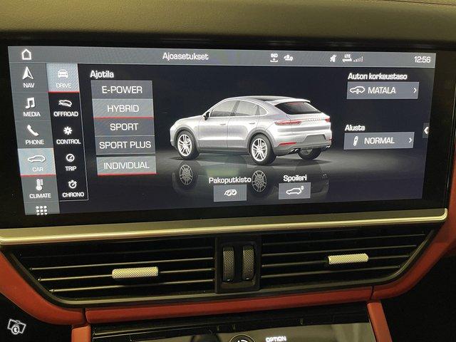 Porsche Cayenne E-Hybrid 13