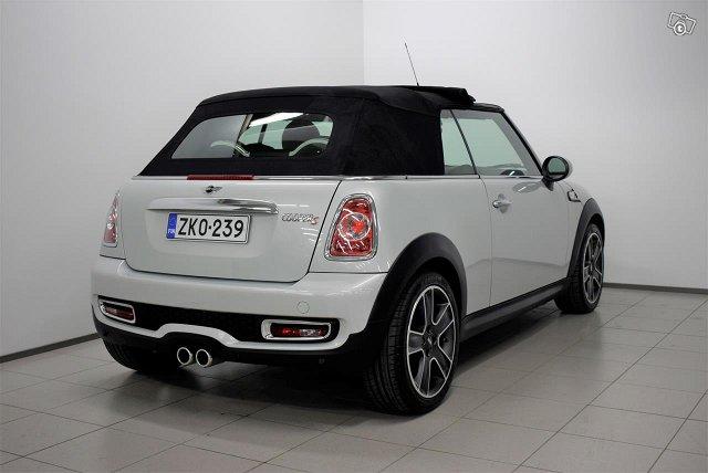 MINI Cabrio 3