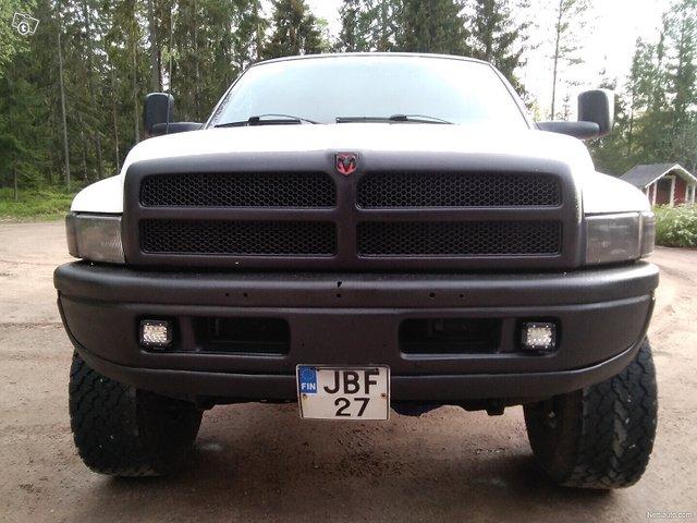 Dodge Ram 2500 3