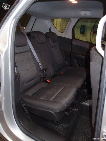 Opel Meriva 16