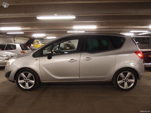 Opel Meriva 22