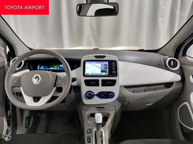 Renault Zoe 12