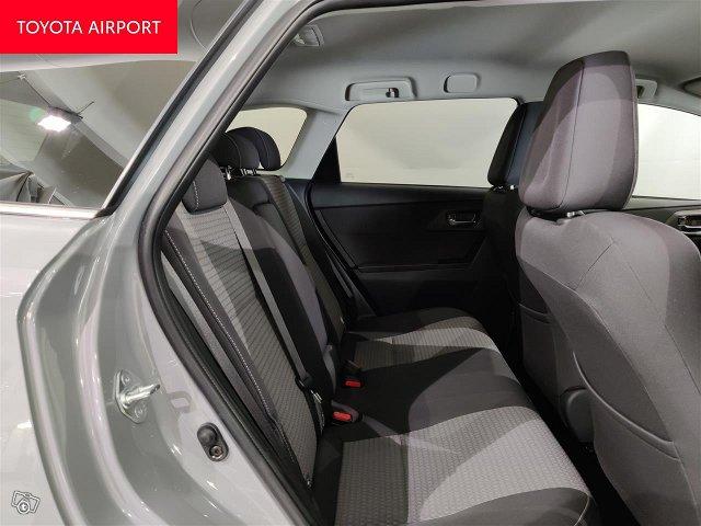 Toyota Auris 10