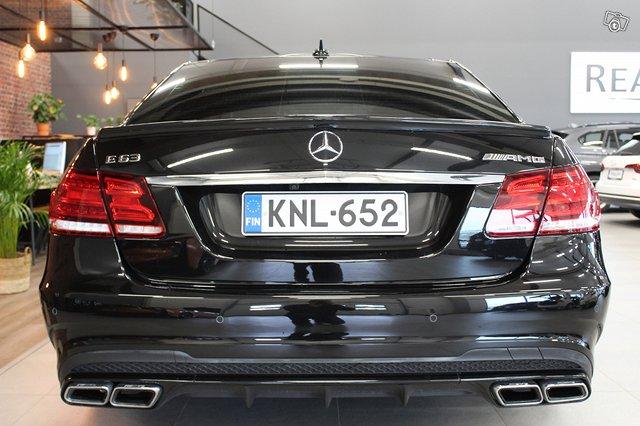Mercedes-Benz E 63 AMG 6