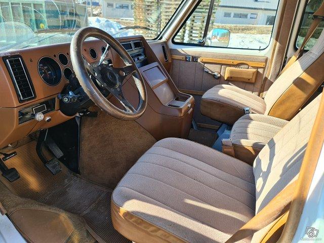 Chevrolet Chevy Van 19