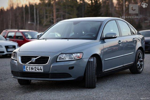Volvo S40 3
