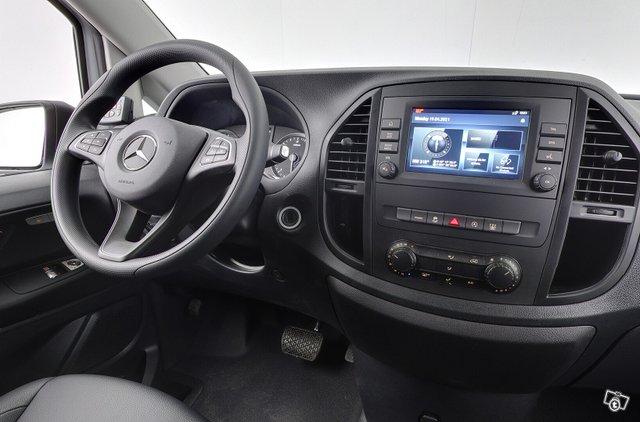 Mercedes-Benz VITO 12