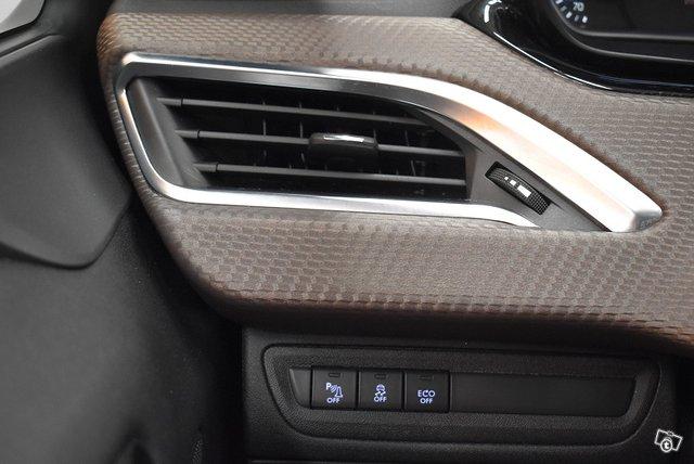 Peugeot 2008 21
