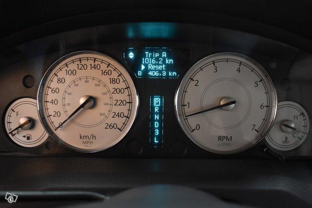Chrysler 300C 16
