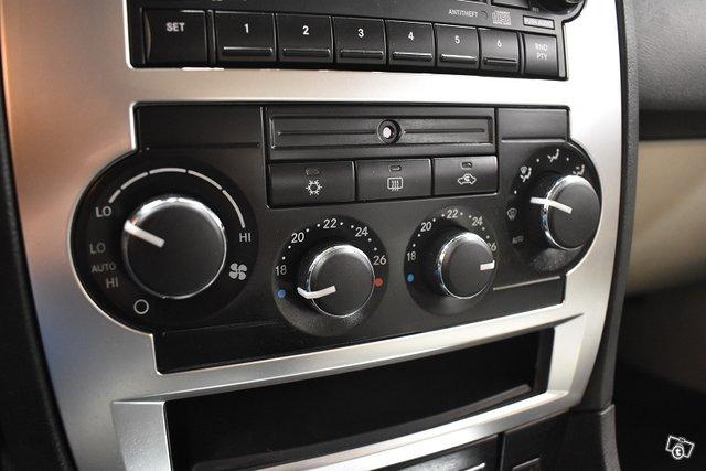 Chrysler 300C 23