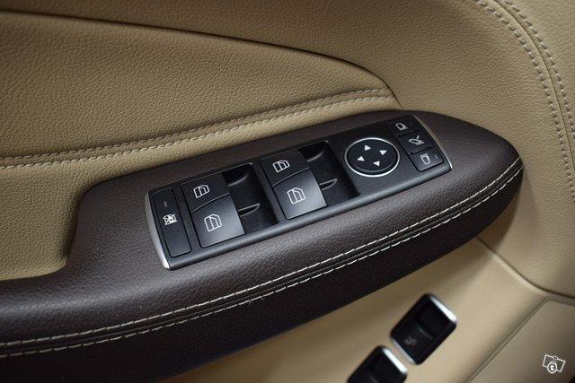 Mercedes-Benz GLE 22
