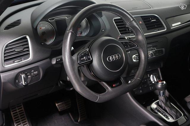 Audi RS Q3 5