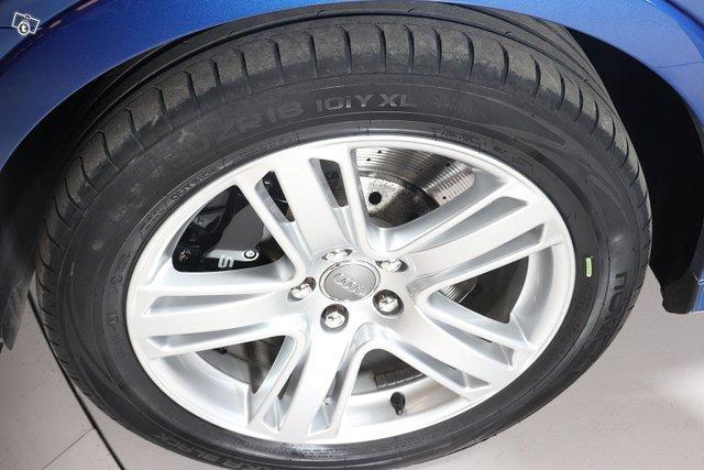 Audi RS Q3 14