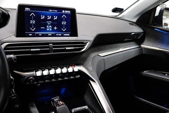 Peugeot 5008 14