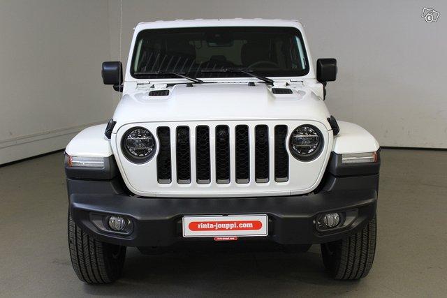 Jeep Wrangler 2