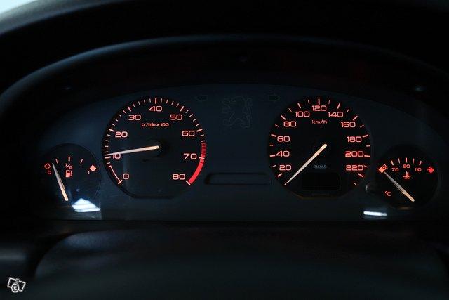 Peugeot 406 13