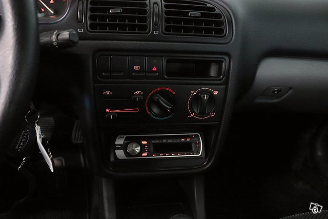 Peugeot 406 14