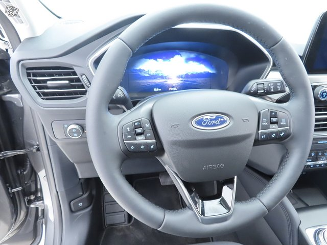 Ford KUGA 17