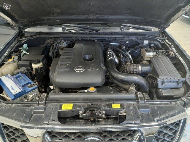 Nissan Navara 18