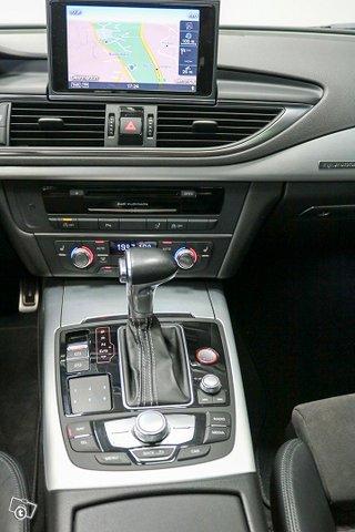 AUDI S7 9