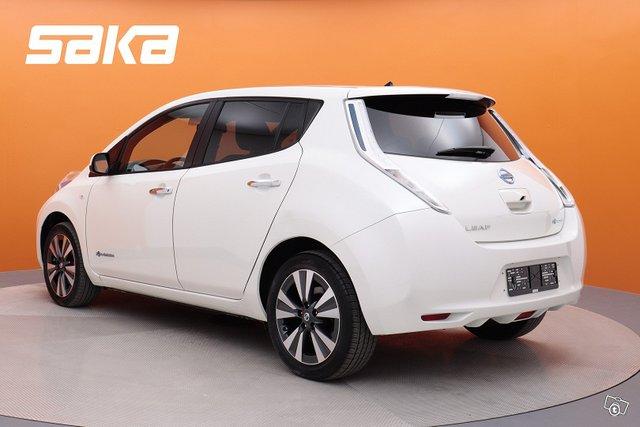 Nissan Leaf 5