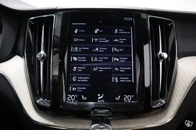 Volvo XC60 15