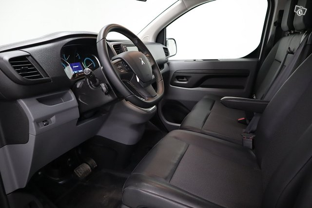 Peugeot E-Expert 12