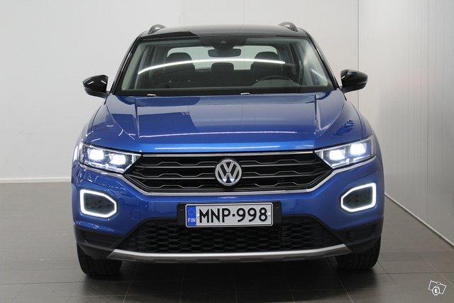 Volkswagen T-Roc 8