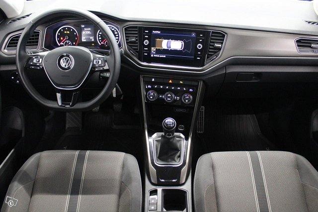 Volkswagen T-Roc 16