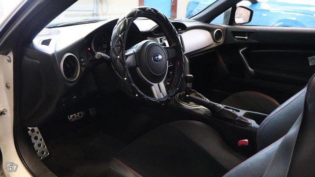 Subaru BRZ 13